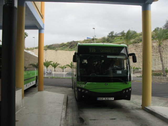 5649 BJG - 2010.12.29, Las Americas bussijaam
