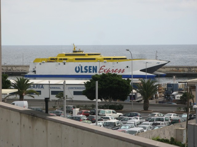 Olsen Express - 2010.12.27, Santa Cruz