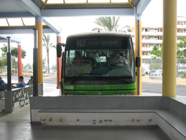 TF 8466 BU - 2010.12.29, Las Americas bussijaam