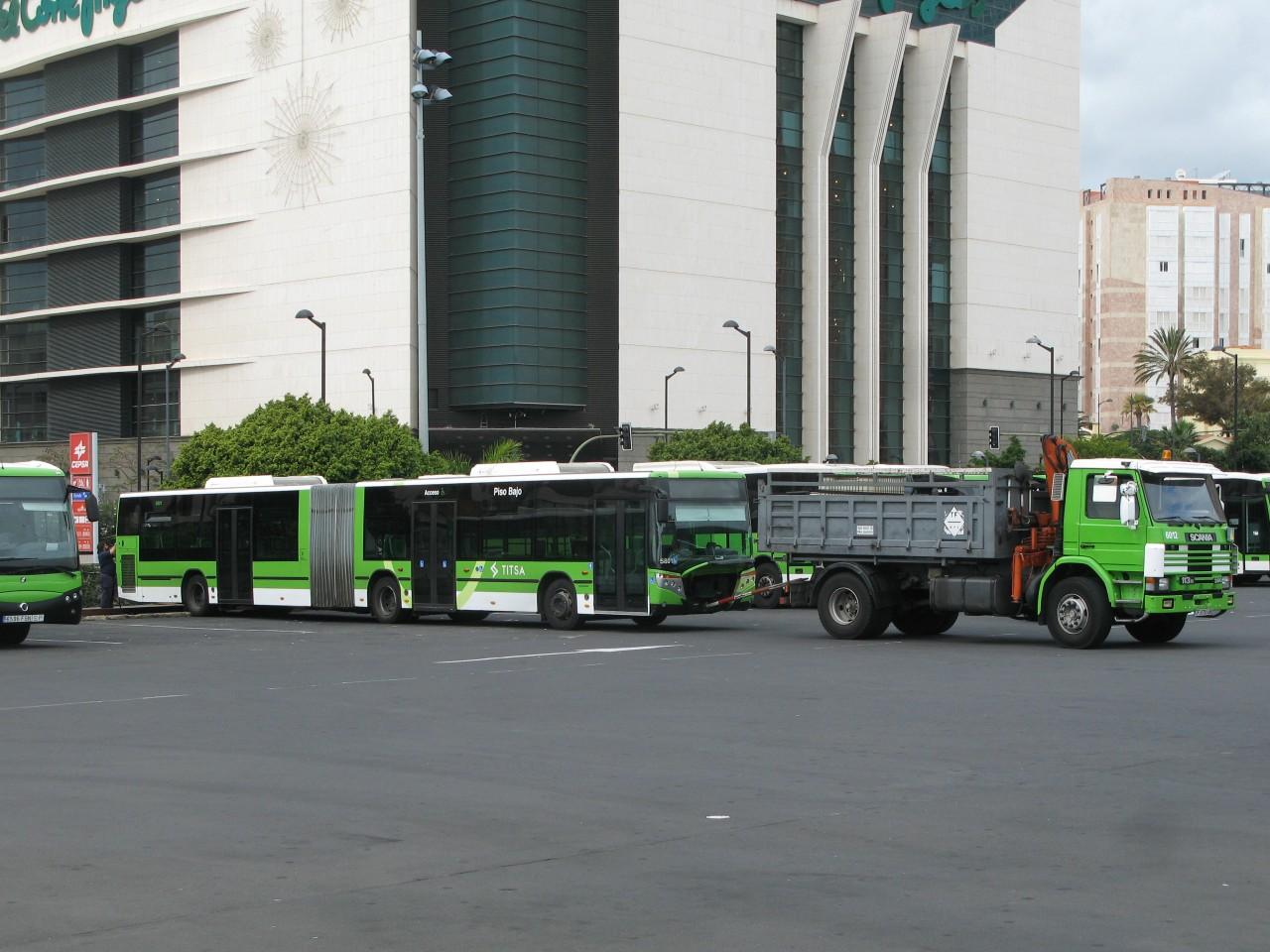 TF 9755 BB - 2010.12.27, Santa Cruz bussijaam;   5063 GMB